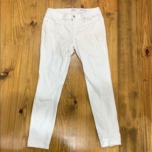 Jessica Simpson white skinny jeans